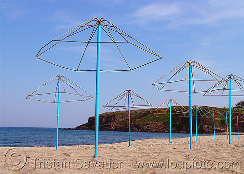 beach umbrellas skeletons (bulgaria), beach sand, beach umbrellas, black-sea, blue, horizon, seashore
