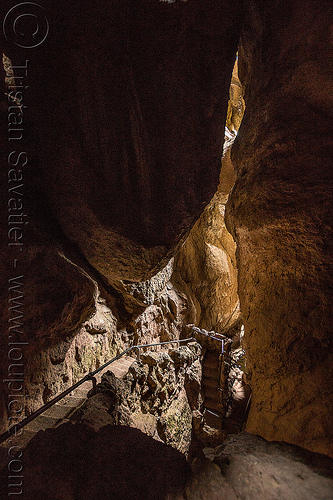 bear gulch cave - pinnacles national park (california), boulders, caving, gulch, hiking, natural cave, pinnacles national park, spelunking, talus cave