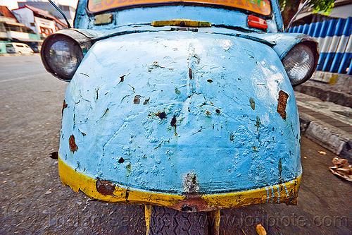 bemo hood - daihatsu midget, autorickshaw, becak, bemo, daihatsu midget, headlights, hood, jakarta, java, midget i, motor, rickshaw, street, three wheeler