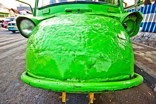 bemo hood - daihatsu midget (jakarta), autorickshaw, becak, bemo, daihatsu midget, headlights, hood, jakarta, java, midget i, motor, rickshaw, street, three wheeler