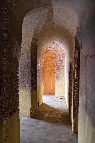 bhool bhulaiya labyrinth - lucknow (india), architecture, asafi imambara, bhulbhulayah, corridor, islam, passage, shia shrine