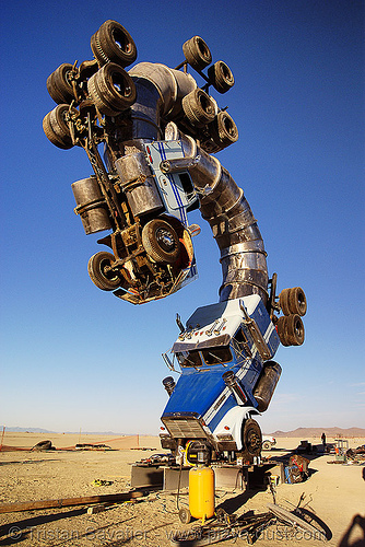 big rig jig - tractor trailers - semi trucks - burning man 2007, art installation, artic, articulated lorry, big rig jig, burning man, semi-trailer, semi-truck, tractor trailer, trucks