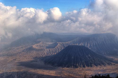 bromo volcano, batok volcano, bromo volcano, cloudy, couds, desert, gunung batok, gunung bromo, java, lautan pasir, sand, stratovolcano, tengger caldera, volcanic ash, volcanic cone