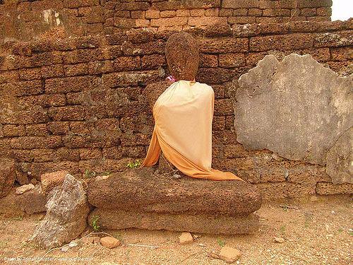 พระพุทธรูป - buddha statue - อุทยานประวัติศาสตร์ศรีสัชนาลัย - si satchanalai chaliang historical park, near sukhothai - thailand, amphoe si satchanalai, buddha image, buddha statue, buddhism, buddhist temple, cross-legged, ruins, sculpture, ประเทศไทย, พระพุทธรูป, อุทยานประวัติศาสตร์ศรีสัชนาลัย