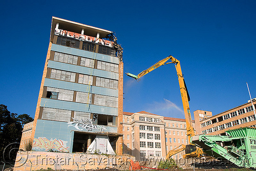 building demolition - caterpillar CAT 385C ultra high demolition excavator, abandoned building, abandoned hospital, at work, building demolition, cat 385c, caterpillar 385c, caterpillar excavator, demolition excavator, high reach demolition, long reach demolition, npk e-213, presidio hospital, presidio landmark apartments, ultra high demolition, working