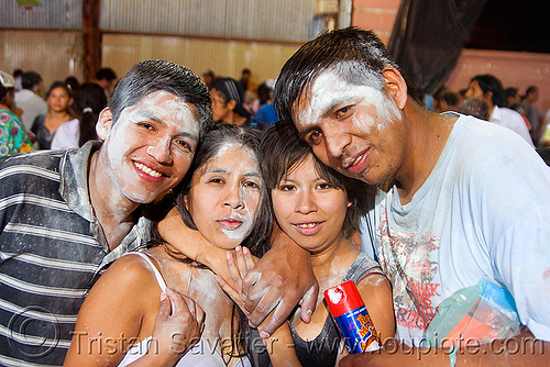 carnaval - carnival in jujuy capital (argentina), andean carnival, carnaval, couples, friends, jujuy capital, men, noroeste argentino, party, san salvador de jujuy, talk powder, women
