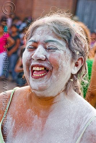 carnaval - carnival in jujuy capital (argentina), andean carnival, carnaval, jujuy capital, noroeste argentino, san salvador de jujuy, talk powder, woman