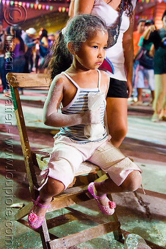carnaval - carnival in jujuy capital (argentina), andean carnival, carnaval, chair, child, jujuy capital, kid, little girl, noroeste argentino, san salvador de jujuy, talk powder