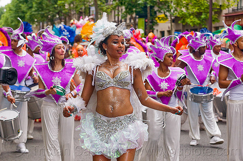 carnaval tropical de paris, brazilian, carnaval tropical, costume, dancer, dancing, festival, parade, paris, white feathers, woman