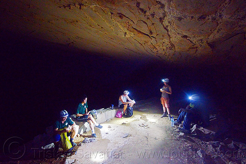 caving in mulu - clearwater cave (borneo), borneo, cavers, caving, clearwater cave system, clearwater connection, gunung mulu national park, malaysia, natural cave, roland, spelunkers, spelunking