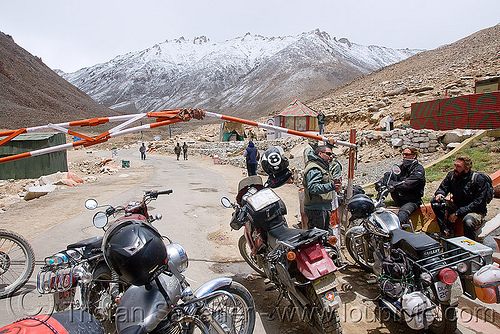 check-point - khardungla pass - ladakh (india), bullet, enfield, fence, khardung, khardung la, khardung la pass, motorbike, motorbike touring, motorcycle, motorcycle touring, mountain pass, mountains, people, road, royal enfield, royal enfield bullet