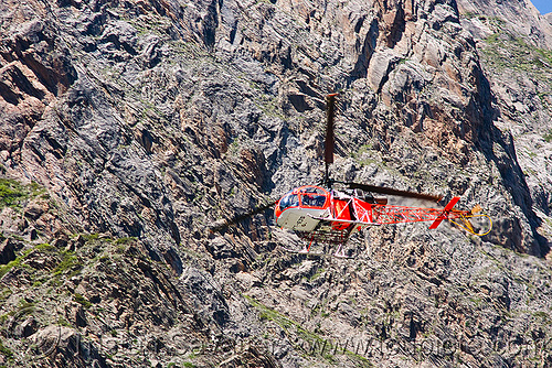 cheetah (lama) helicopter used by rich pilgrims - amarnath yatra (pilgrimage) - kashmir, aircraft, alouette 2, alouette ii, amarnath yatra, cheetah, helicopter, helo, hiking, hindu pilgrimage, india, kashmir, lama, mountain trail, mountains, pilgrims, sa 315b, sa-315, trekking