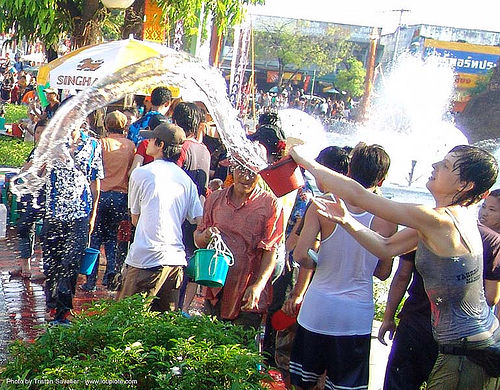 เชียงใหม่ - chiang mai - สงกรานต์ - songkran festival (thai new year) - anke rega - thailand, chiang mai, soaked, songkran, thai new year, thailand, wet, woman, สงกรานต์, เชียงใหม่