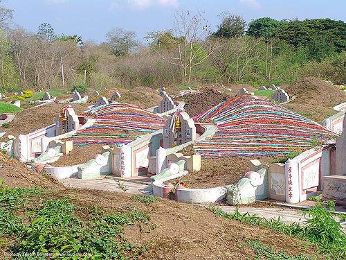 chinese cemetery - สุโขทัย - sukhothai - thailand, chinese cemetery, chinese graves, graveyard, sukhothai, tombstone, ประเทศไทย, สุโขทัย