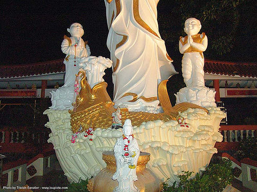 chinese temple - sculptures - tha ton - near fang (thailand), chinese temple, night, sculptures, tha ton, thailand