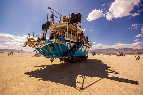 christina yacht - burning man 2015, art boat, art car, burning man, christina, propellers, shadow, ship, yacht