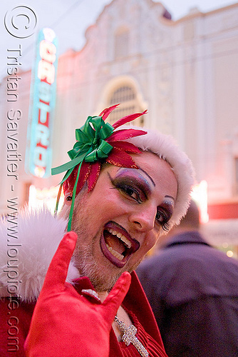 christmas in san francisco, beard, castro, christmas, costumes, drag queen, knot, makeup, man, nun, ribbon, santa claus, santacon, santarchy, santas, sisters of perpetual indulgence