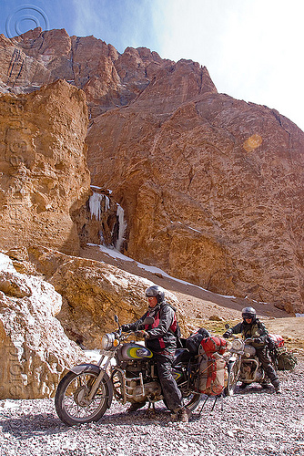 christoph and ben negotiating a difficult nullah before pang - manali to leh road (india), 350cc, ben, christoph, ladakh, motorbike touring, motorbikes, motorcycle touring, motorcycles, mountains, nullah, river, road, royal enfield bullet, stream, water