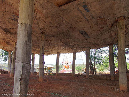 concrete roof and pillars - hindu park near phu ruea, west of loei (thailand), concrete, hindu, hinduism, pillars, roof, thailand