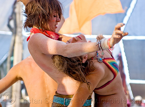 contact improvisation - burning man 2010, burning man, luna, women