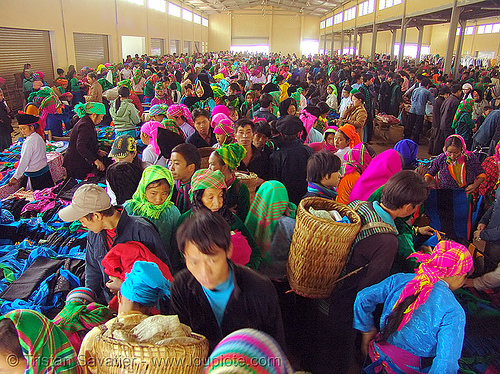 covered market - colorful tribe people - vietnam, crowd, hill tribes, indigenous, market, mèo vạc