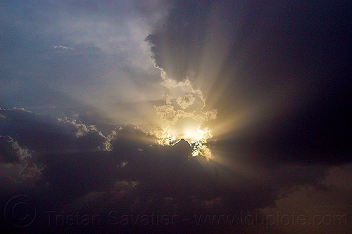 crepuscular rays - sky with clouds and sun rays, cloudy, crepuscular rays, india, silverlining, sun rays through clouds