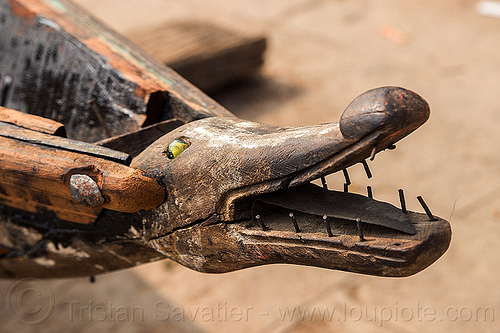 crocodile figurehead - stem of river boat - varanasi (india), bow, crocodile head, figurehead, mouth, nails, river boat, sculpture, stem, teeth, varanasi, wooden