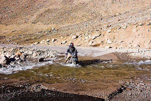 crossing a pretty deep nullah - road to chang-la pass - ladakh (india), 500cc, chang pass, chang-la pass, fording, ladakh, man, motorbike touring, motorcycle touring, mountains, nullah, river bed, river crossing, road, royal enfield bullet, stream, water