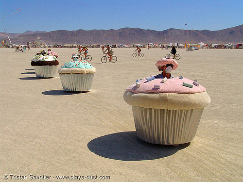motorized cupcakes - burning-man 2005