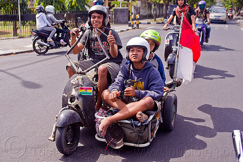 customized vespa sidecar, extreme vespa, indonesian flag, java, jogja, jogjakarta, motorbike helmets, motorcycle helmets, rider, riding, scooter, scrooter, sidecar, street, teenagers, teens, yogyakarta, yougster, youngsters