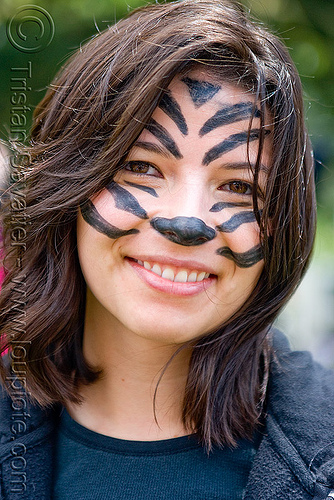 cute tiger - face paint - portrait - woman, bay to breakers, costume, face painting, facepaint, footrace, street party, tiger makeup, woman