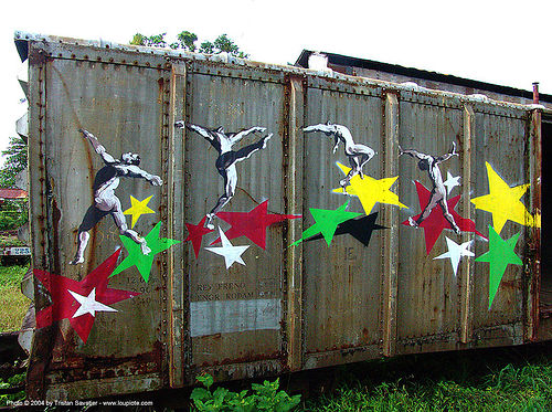 dancing-stars - painting on train car - semi-abandoned train yard in puerto limon (costa rica), abandoned, atlantic railway, costa rica, decay, freight train car, paint, painted, puerto limon, rusted, rusty, stars, train depot, train yard, trespassing, urban exploration
