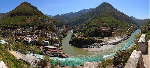 devprayag - sangam - confluence of the alaknanda and bhagirathi rivers into the  ganges river (india), alaknanda river, bhagirathi river, confluence, devprayag, ganga, ganges river, ghats, hills, india, mountains, river bed, village