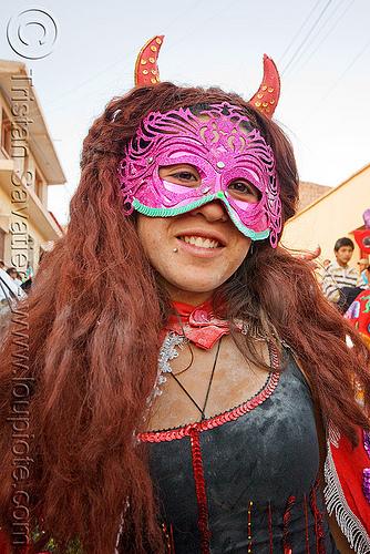 diabla - carnaval de humahuaca (argentina), andean carnival, carnaval, carnival mask, diabla, horns, noroeste argentino, purple, quebrada de humahuaca, woman
