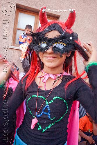 diabla - carnaval de humahuaca (argentina), andean carnival, carnaval, carnival mask, diabla, horns, noroeste argentino, quebrada de humahuaca, whistle, woman