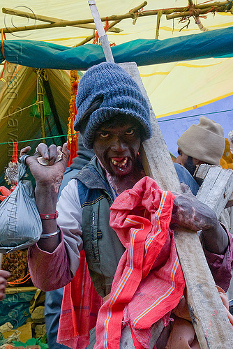 disfigured pilgrim - amarnath yatra (pilgrimage) - kashmir, amarnath yatra, disfigured, kashmir, man, pilgrim, pilgrimage, trekking, yatris, अमरनाथ गुफा