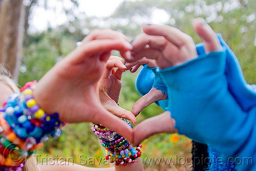 double heart sign, apollo solare, beads, blue, bracelets, finger heart, hands, heart sign, juliet, kandi kid, kandi raver, party, plur