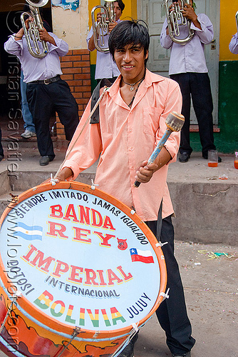 drum player - marching band - banda rey imperial from potosi - carnaval - carnival in jujuy capital (argentina), andean carnival, argentina, banda rey imperial, drum, jujuy capital, man, marching band, noroeste argentino, san salvador de jujuy