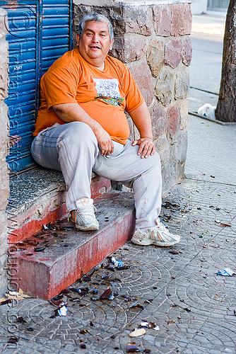 drunkard, andean carnival, broken bottles, carnaval, drunk, jujuy, jujuy capital, man, noroeste argentino, people, san salvador de jujuy, sidewalk, sitting, stairs, steps