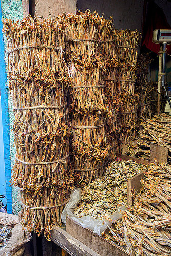 dry fish market (india), bundled, bundles, darjeeling, dried fish, dry fish, fishes, india, shop, stall, store