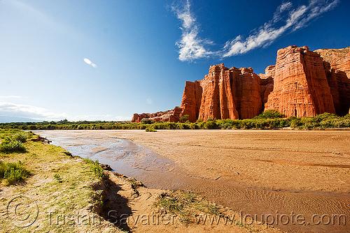 el castillo - quebrada de las conchas - cafayate (argentina), calchaquí valley, cliff, mountains, noroeste argentino, quebrada de cafayate, river, river bed, valles calchaquíes