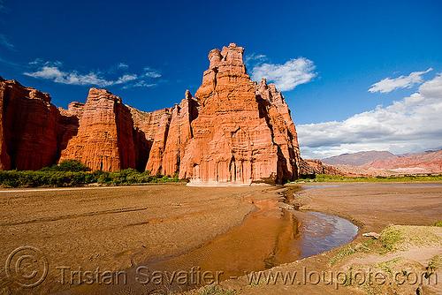 el castillo - quebrada de las conchas - cafayate (argentina), calchaquí valley, cliffs, el castillo, noroeste argentino, quebrada de cafayate, quebrada de las conchas, river bed, rock, valles calchaquíes
