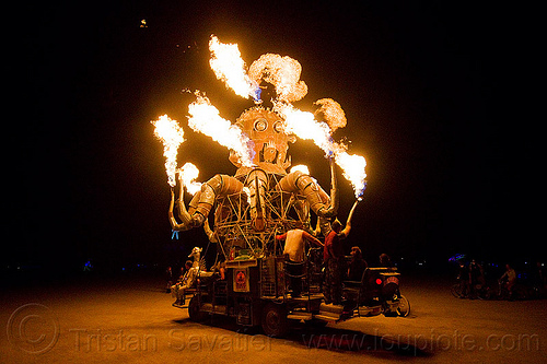 el pulpo mecanico - burning man 2012, burning man, el pulpo mecanico, fire, mutant vehicles, night, octopus art car, sculpture, steampunk octopus