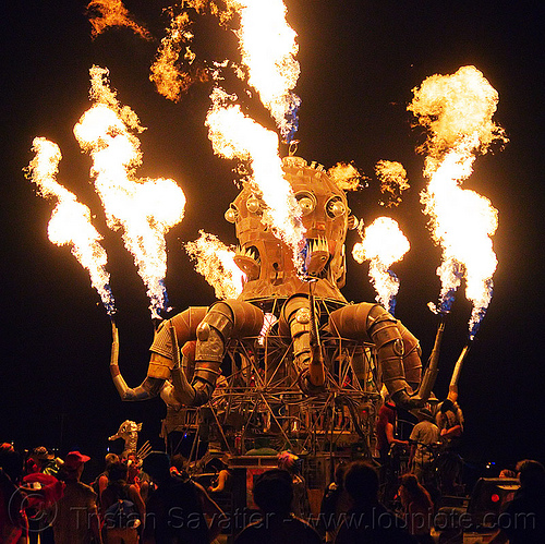el pulpo mecanico, burning man, el pulpo mecanico, fire, flames, metal, night, octopus art car, sculpture, steampunk octopus