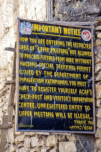 entrance of restricted area of upper mustang (nepal), annapurnas, kagbeni, kali gandaki valley, mustang, sign, village