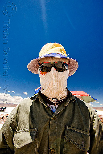 face mark for sun protection, blue sky, face mask, hat, headgear, hood, jujuy, man, noroeste argentino, salar, salinas grandes, salt bed, salt flats, salt lake, sunglasses, white, worker