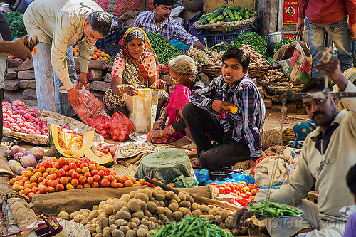 farmers market (india), farmers market, men, produce, stall, street market, varanasi, vegetables