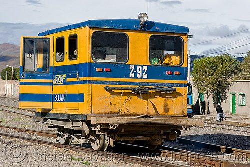 FCA speeder - draisine - Z-92 - uyuni (bolivia), bolivia, dolly, draisine, enfe, fca, rail trolley, railroad speeder, railroad tracks, railway tracks, train, uyuni, z-92