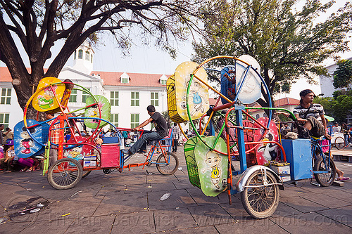 ferris wheels for small kids - cycle-powered, amusement rides, bicycles, bikes, children, eid ul-fitr, fair rides, fatahillah square, ferris wheels, jakarta, java, kids, taman fatahillah