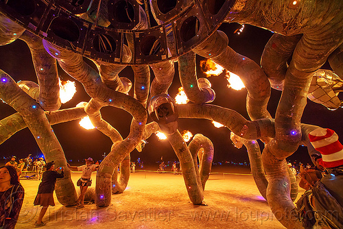 fire snakes - medusa madness - burning man 2016, art installation, burning man, fire, flames, medusa madness, night, sculpture, snakes